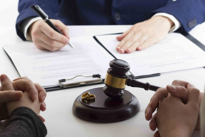 Role Of High Net Worth Divorce Lawyers in Managing Divorces